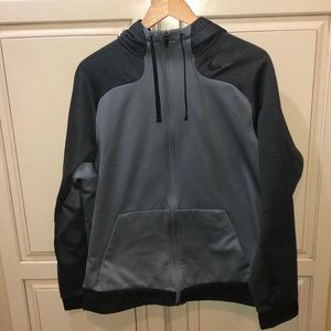 Nike therma fit sweatshirt